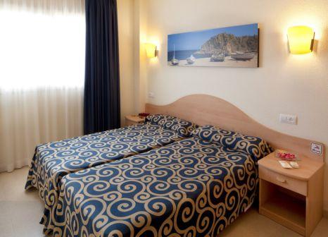 Hotelzimmer mit Tischtennis im H·TOP Royal Sun Family Suites