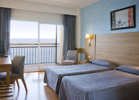 Hotelzimmer mit Mountainbike im Globales Cala Viñas