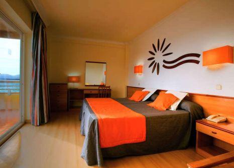 Hotelzimmer mit Volleyball im Cala Font