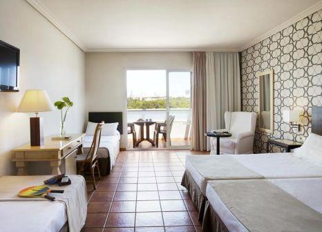 Hotelzimmer mit Mountainbike im H10 Salauris Palace