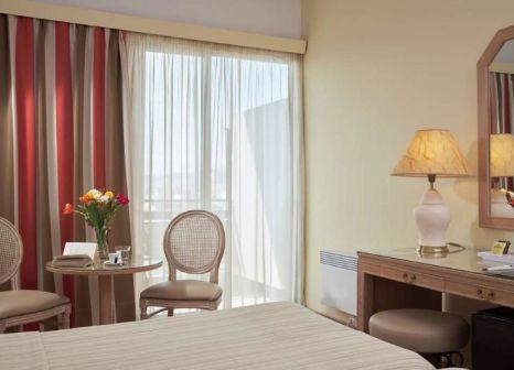 Hotelzimmer im Candia Hotel günstig bei weg.de