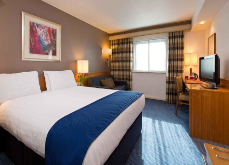 Hotelzimmer mit Massage im Leonardo Hotel London Heathrow Airport
