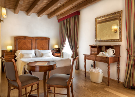 Hotelzimmer mit Tennis im Hotel Villa Malaspina