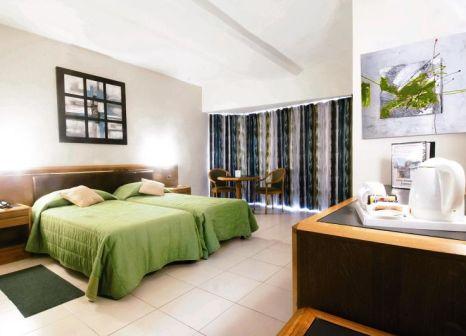 Hotelzimmer im Diplomat günstig bei weg.de