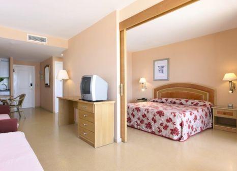 Hotelzimmer mit Volleyball im Best Roquetas
