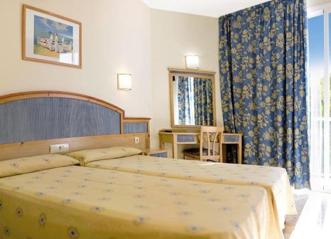 Hotelzimmer mit Volleyball im azuLine Hotel Mar Amantis I & Mar Amantis II