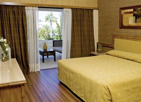 Hotelzimmer mit Mountainbike im Palm Beach Hotel