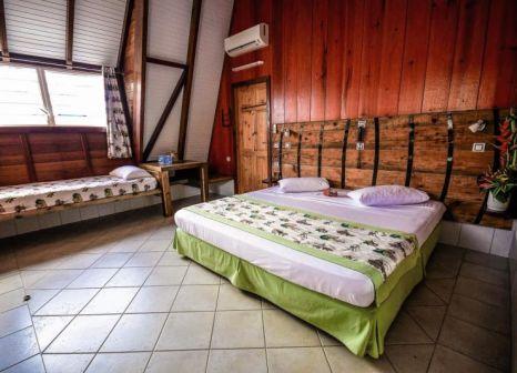 Hotelzimmer mit Tischtennis im Bambou