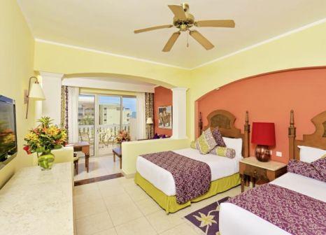 Hotelzimmer mit Volleyball im Iberostar Selection Rose Hall Suites