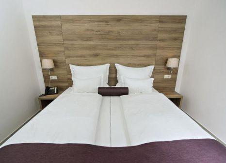 Hotelzimmer mit Tischtennis im Hotel Biokovo