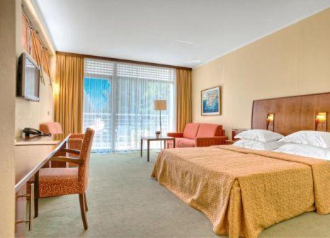 Hotelzimmer im Hotel Rivijera günstig bei weg.de