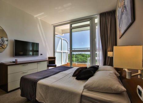 Hotelzimmer im Arena Hotel Holiday günstig bei weg.de