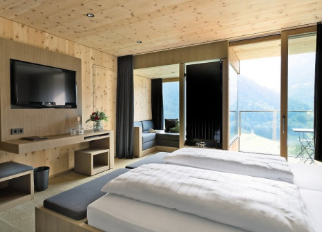 Hotelzimmer mit Yoga im Gradonna Mountain Resort