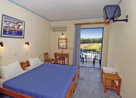 Hotelzimmer mit Pool im Lintzi