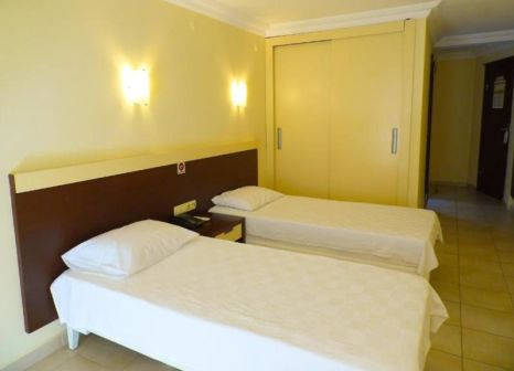 Hotelzimmer mit Kinderpool im Hotel Kleopatra