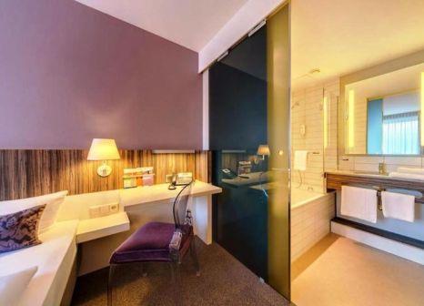 Hotelzimmer mit Hochstuhl im acomhotel Nürnberg