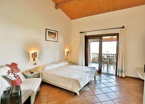 Hotelzimmer mit Tennis im Liscia Eldi Resort