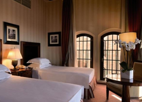 Hotelzimmer mit Volleyball im Molino Stucky Hilton