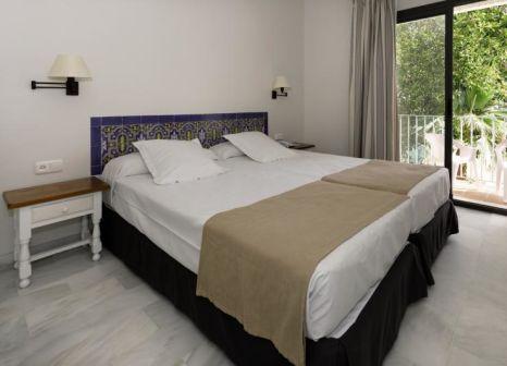 Hotelzimmer mit Volleyball im Hotel Playa de la Luz