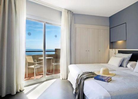 Hotelzimmer mit Mountainbike im Pierre & Vacances Hotel El Puerto