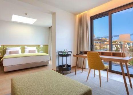 Hotelzimmer mit Volleyball im Galo Resort Hotel Galomar