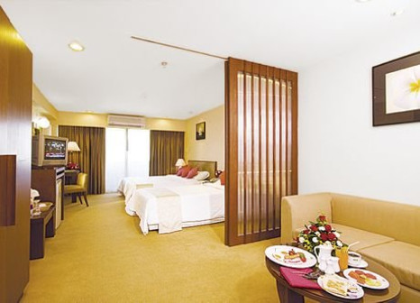Hotelzimmer mit Golf im Furama Silom Bangkok