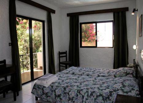 Hotelzimmer im Oasis Hotel Bungalows günstig bei weg.de