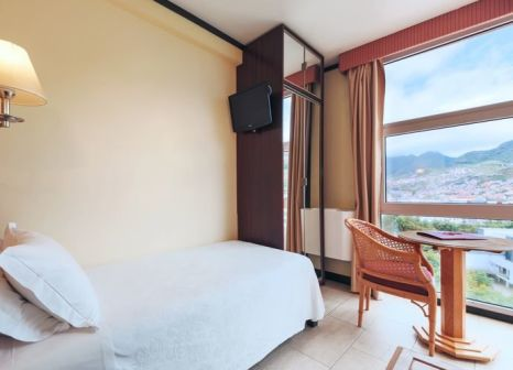 Hotelzimmer mit Golf im Dom Pedro Madeira