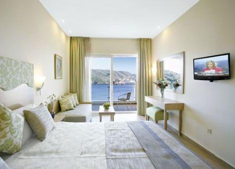 Akrotiri Beach Hotel günstig bei weg.de buchen - Bild von FTI Touristik