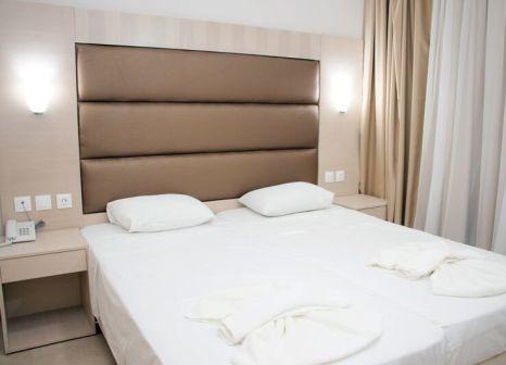 Hotelzimmer mit Tischtennis im Marathon Hotel