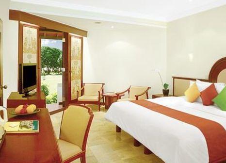 Hotelzimmer mit Yoga im Discovery Kartika Plaza