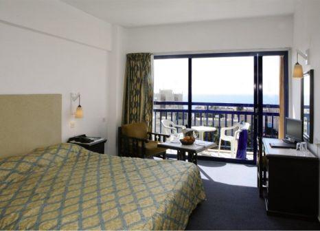 Hotelzimmer mit Tischtennis im Navarria Hotel