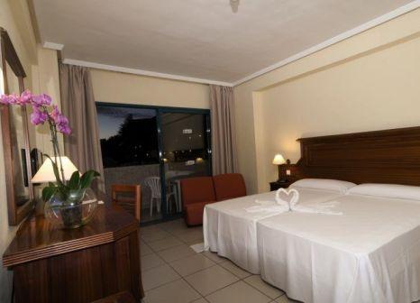 Hotelzimmer mit Minigolf im Hotel Turquesa Playa