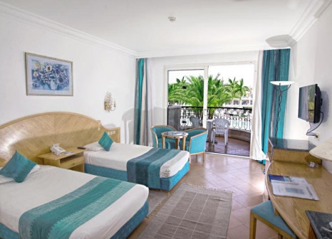 Hotelzimmer mit Volleyball im LABRANDA Royal Makadi