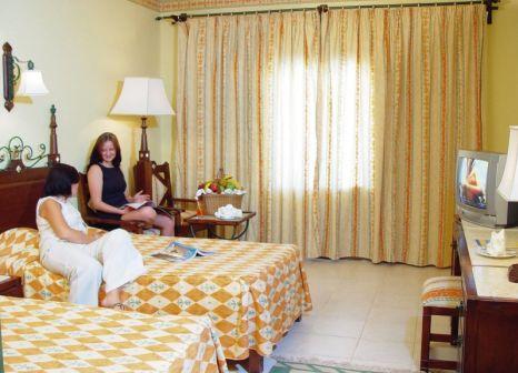 Hotelzimmer mit Volleyball im Sunny Days El Palacio