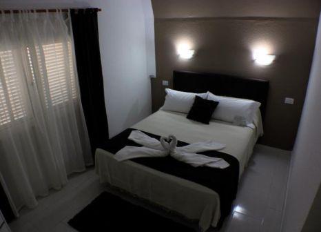 Hotelzimmer mit Tischtennis im Apartamentos La Pirámide