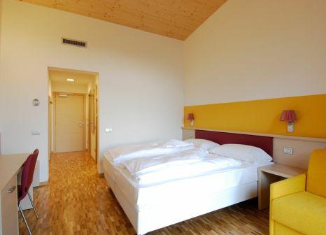 Hotelzimmer mit Volleyball im Garda Sporting Club Hotel