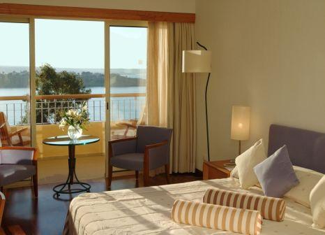 Hotelzimmer mit Mountainbike im Coral Thalassa Hotel