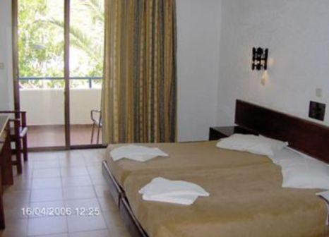 Hotelzimmer im Ladiko Hotel günstig bei weg.de