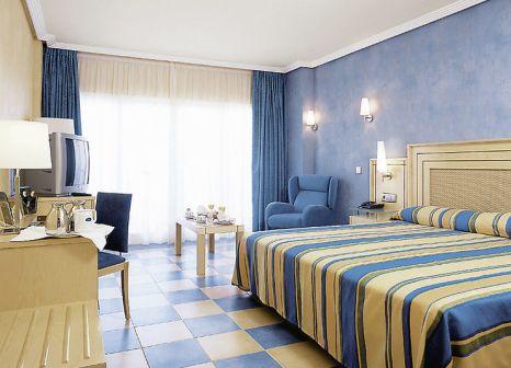 Hotelzimmer mit Mountainbike im Elba Sara Beach & Golf Resort
