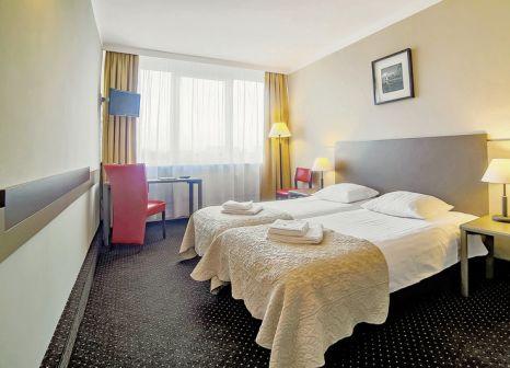 Hotelzimmer mit Tischtennis im Hotel New Skanpol