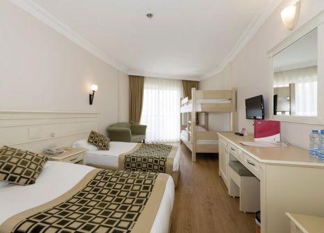 Hotelzimmer mit Volleyball im Grand Seker Hotel