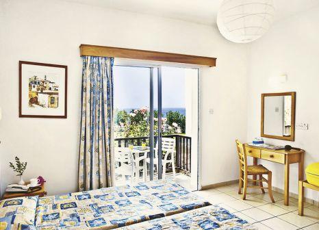 Hotelzimmer mit Mountainbike im Akti Beach Village Resort