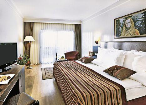 Hotelzimmer mit Yoga im Maritim Pine Beach Resort Belek