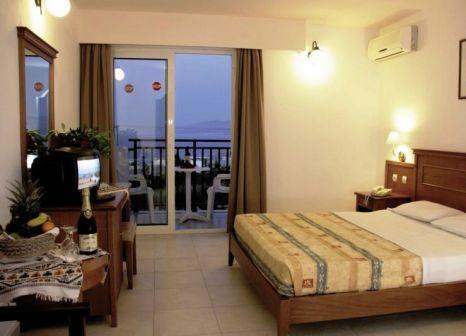 Hotelzimmer mit Fitness im Semiramis Village Hotel