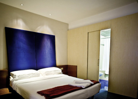 Hotelzimmer mit Mountainbike im Hotel Ripa Roma