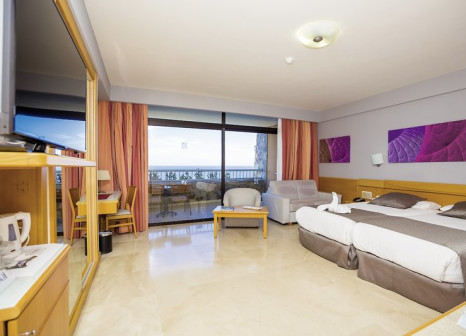 Hotelzimmer mit Mountainbike im Gloria Palace Amadores Thalasso & Hotel
