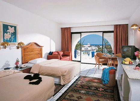 Hotelzimmer mit Yoga im Aladdin Beach Resort