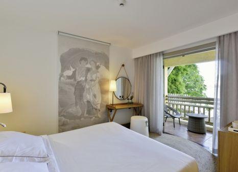 Hotelzimmer mit Mountainbike im Veranda Paul & Virginie Hotel & Spa