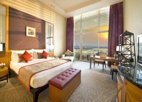 Hotelzimmer mit Yoga im Al Raha Beach Hotel